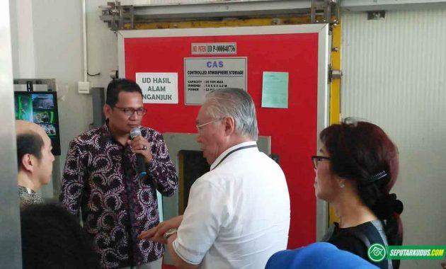 Enggartiasto meninjau alat penyimpan sayuran di Pura 2017_5