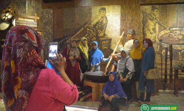 Pengunjung Mubarok Sentra Bisnis dan Budaya 2017_5