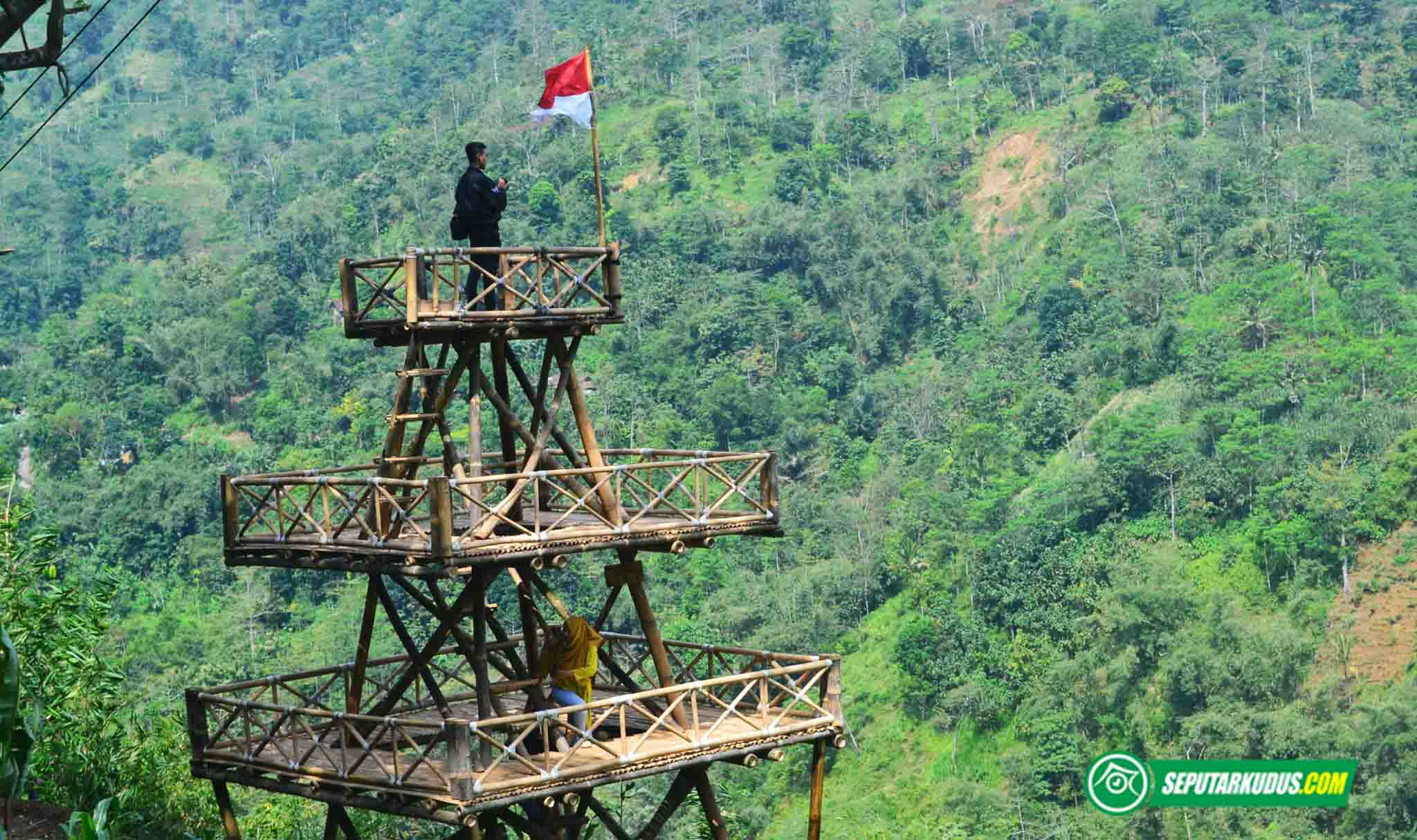 Menara pandang di Bukit Nggeneng, Desa Rahtawu, Kudus 2017_6_3